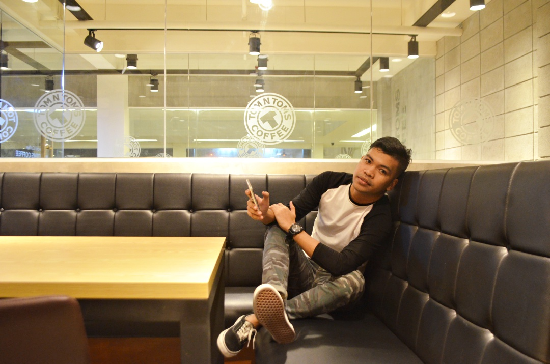 cebu-male-fashion-blogger-almostablogger-tomntoms1.jpg