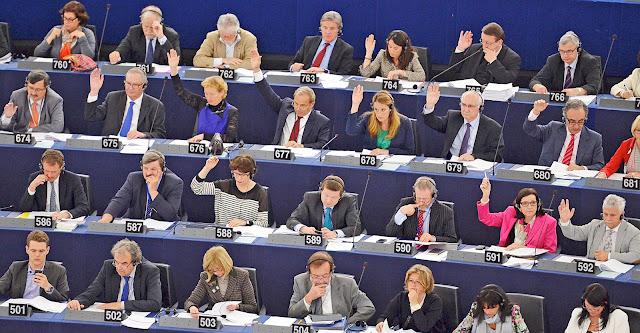 الاتحاد الاوروبي في رده على جبهة البوليساريو يؤكد انه يتابع عن كثب وضعية المعتقلين السياسيين الصحراويين.