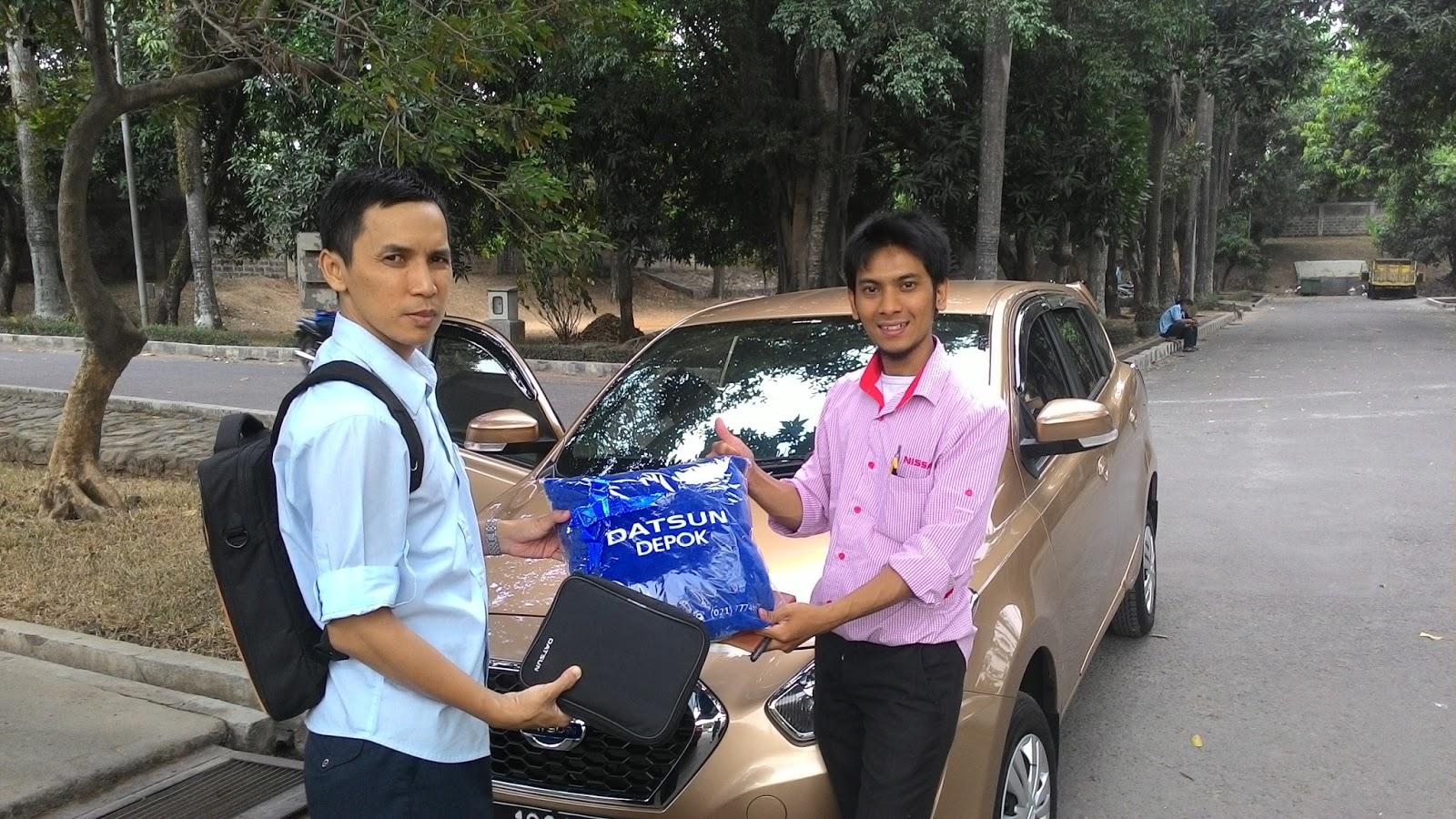 Terimakasih atas kepercayaan Pak Devi & Keluarga yg telah membeli Datsun Go+ melalui media www.touchnissan.com.  Semoga Berkah ya Pak...