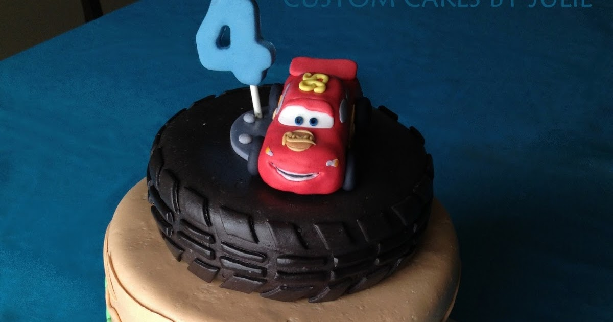 Custom Cakes By Julie Cars Cake Lightning Mcqueen And Mater