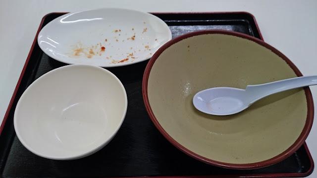 うまさん堂の食器の写真