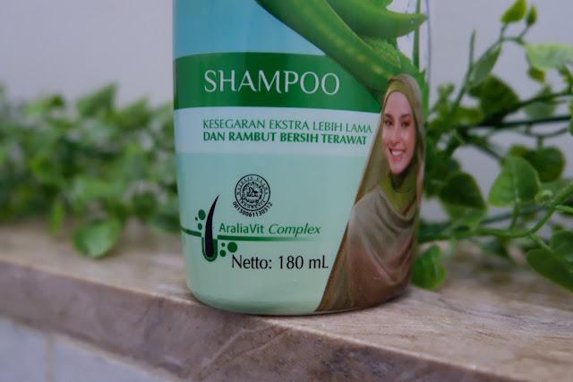 atasi rambut rontok dengan sariayu hijab shampoo