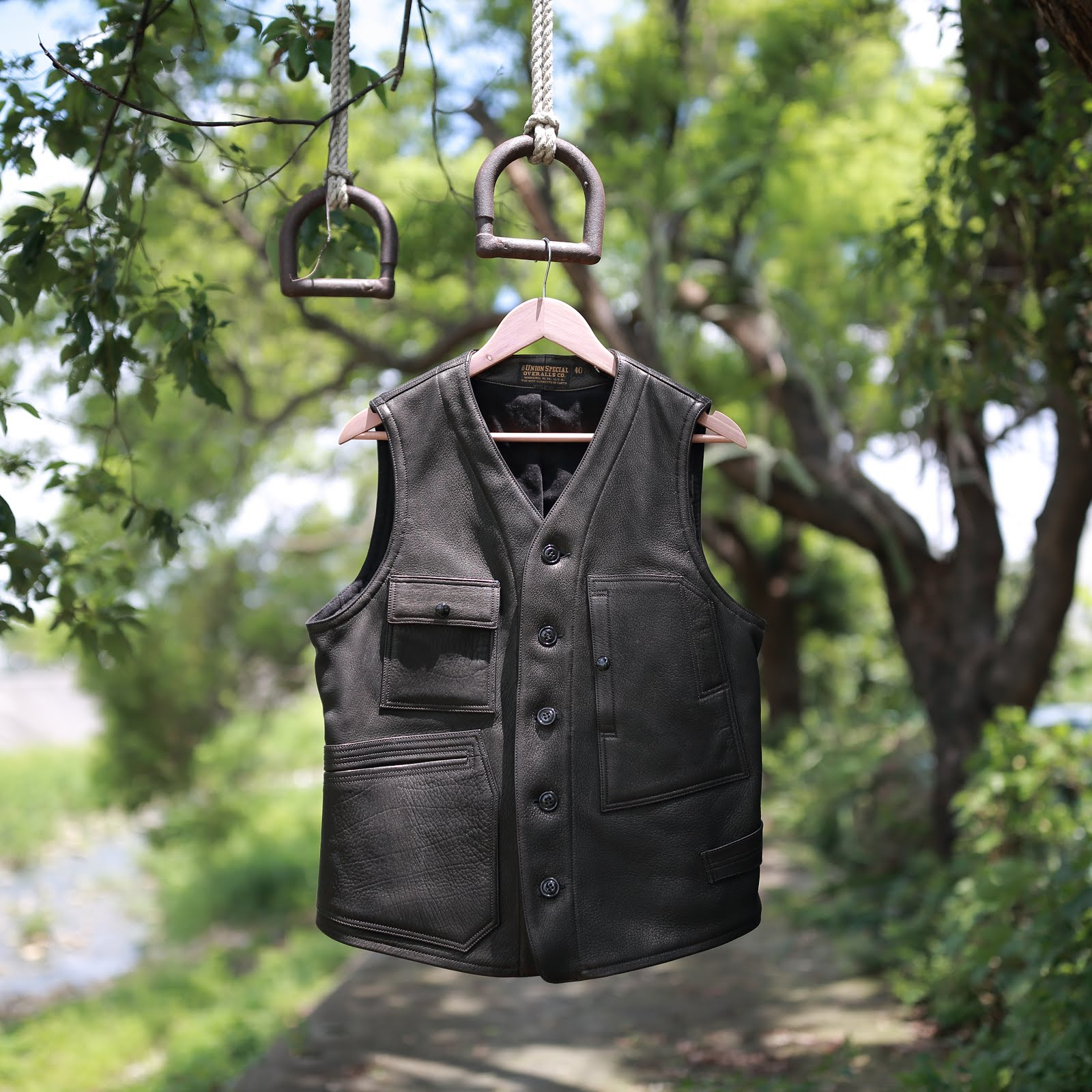 Outdoor style and workwear: [極致背心] Freewheelers