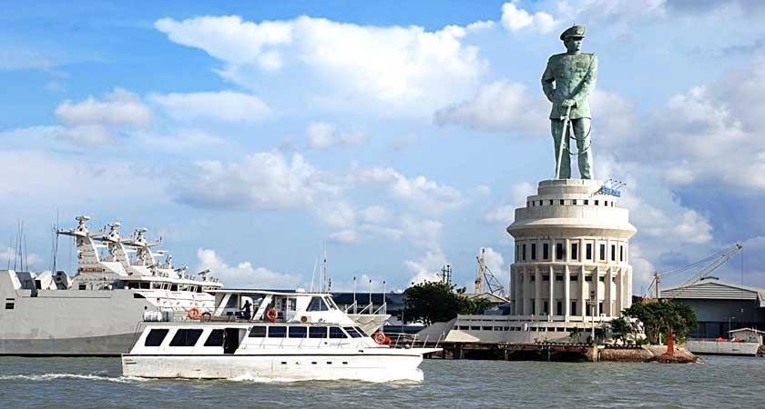 Bukti Jayanya Laut Indonesia di Monumen Monjaya | KASKUS