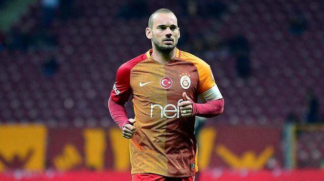 Sneijder'den Galatasaray'a dönüş sinyali!