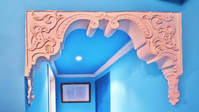 Изображение декоративной лепнины в номере отеля, Касабланка