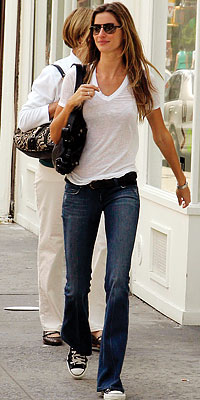 W W W Gisele Bundchen Street Style Normal Look And