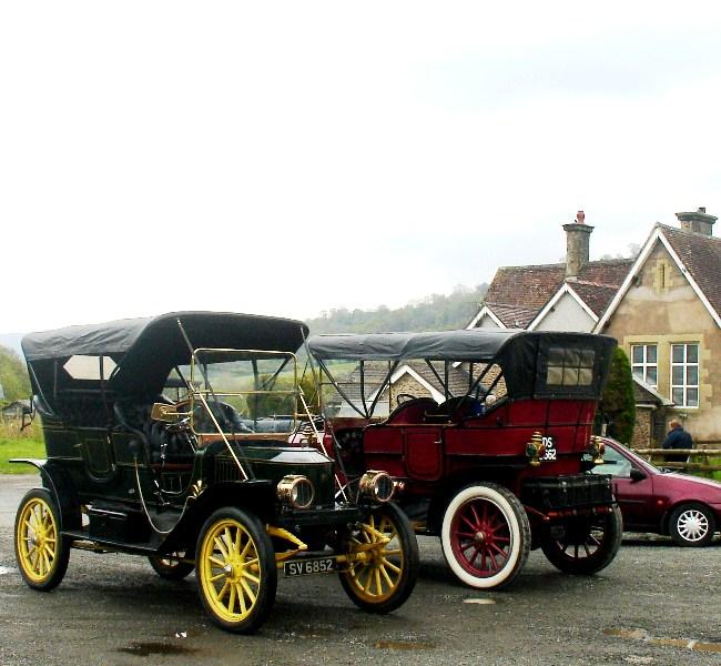 Glassbloggery: Steam Cars In The Glassblobbery Car Park
