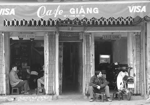 cafe-trung-cafe-giang-ngay-ay