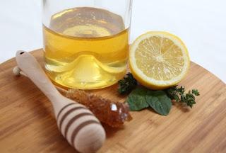 Cara Mencerahkan Kulit Leher Menghitam dengan Lemon