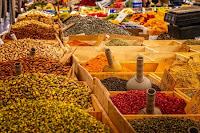 gesù scaccia i mercanti del mercato al tempio di gerusalemme