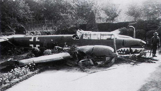 4 September 1940 worldwartwo.filminspector.com Bf 110C crash-landed