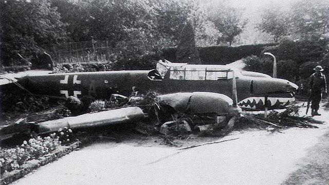 4 September 1940 worldwartwo.filminspector.com Bf 110C crash-landed