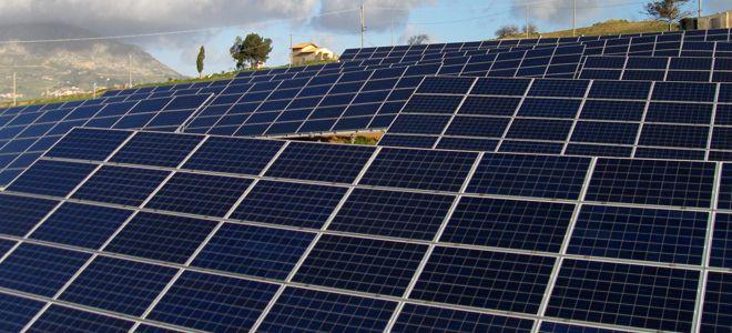 decorando casas Painéis solares, que funcionam também à noite