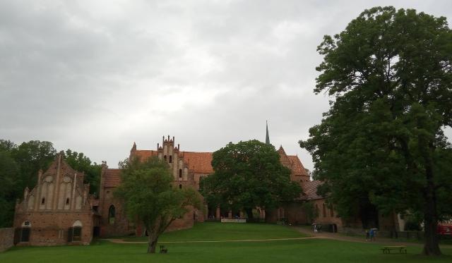Vista exterior de l'abadia