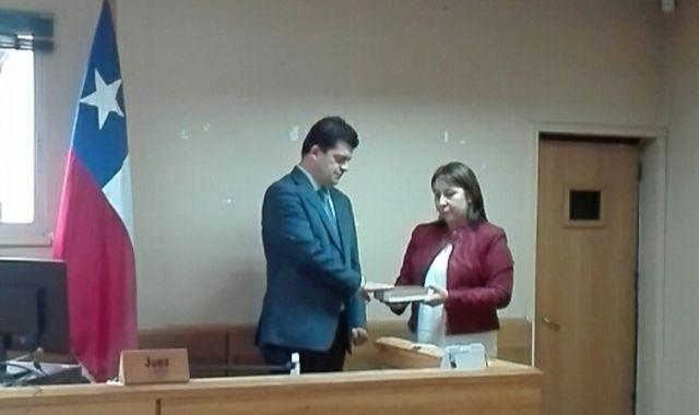 Claudio Thomas jura como juez titular del Juzgado de Letras y Garantía de Río Bueno