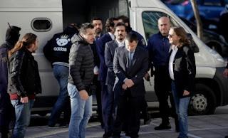 Πολιτική θύελλα από τους χειρισμούς της κυβέρνησης για το άσυλο στον Τούρκο στρατιωτικό