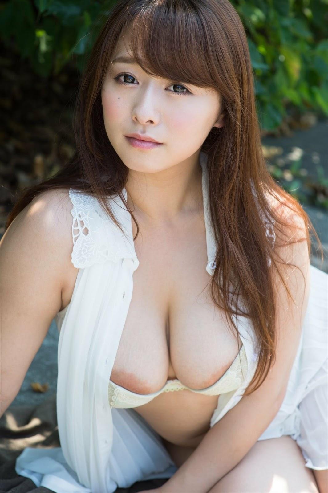 Marina Shiraishi 白石茉莉奈, Shukan Jitsuwa 2017.10.19 (週刊実話 2017年10月19日号)