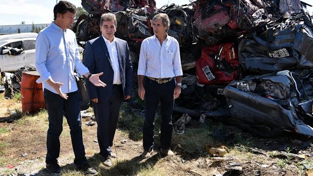 Ritondo y Posse participaron de la compactación de más de 4 mil vehículos en depósito de Boulogne