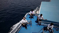 Lirik Lagu Bali Rocktober - Berlayar