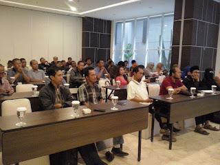 """Seminar Komunikasi """"Lidahmu Rezekimu"""" 18 september 2016 di Hotel Atlantik Bandung Jawa Barat"""