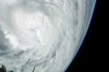 Astrology Wheel: Taurus Full Moon - Shelter From Hurricane ...