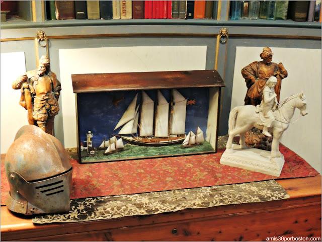 Tiradores de León del cajón Secreto de la Biblioteca del Castillo Hammond, Gloucester