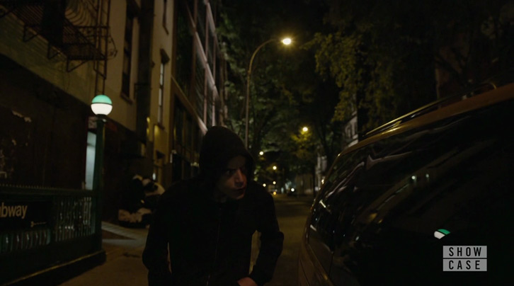 "Mr. Robot - eps2.9pyth0n?pt1.p7z - Review: ""So Many Questions, So Few Answers"""