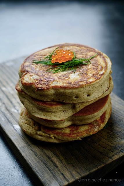 blinis , repas de fêtes , brunch , saumon ,farine de sarrasin , super moelleux