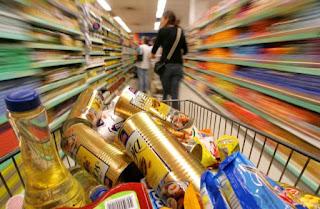 Feijão, manteiga e leite ficam mais caros e elevam o valor da cesta básica