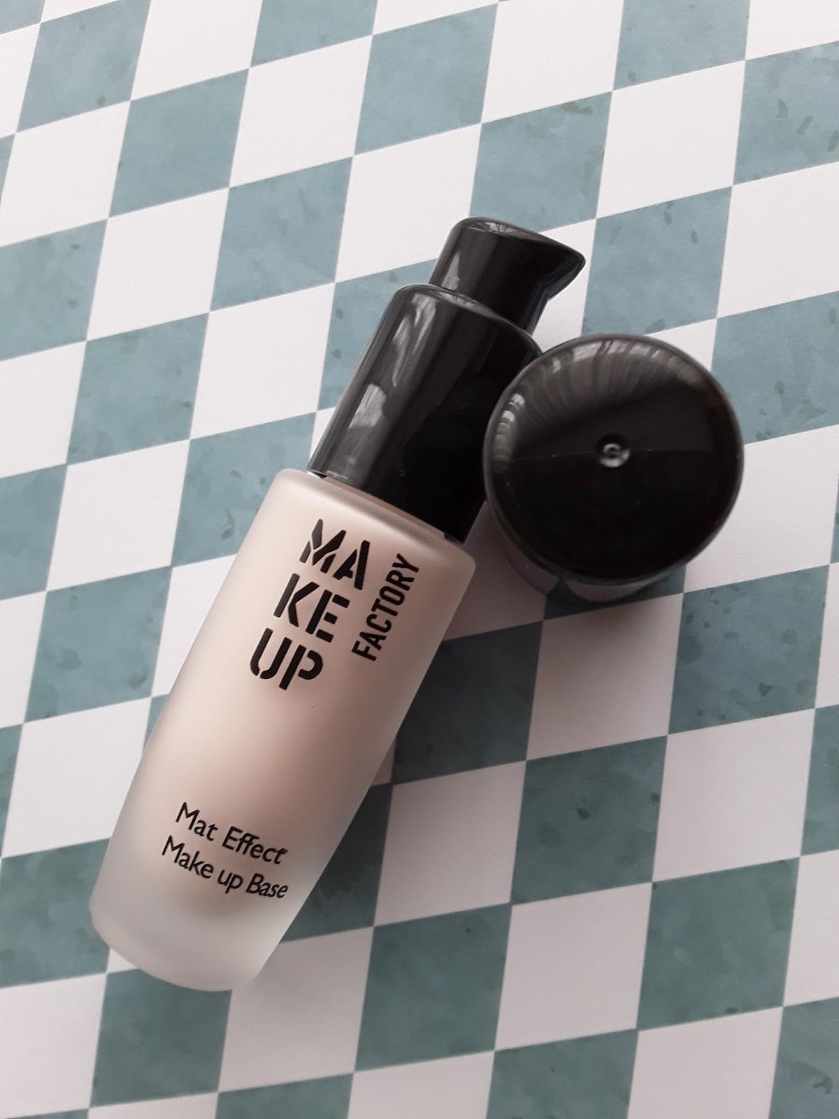 Makeup factory: Mat effect makeup base