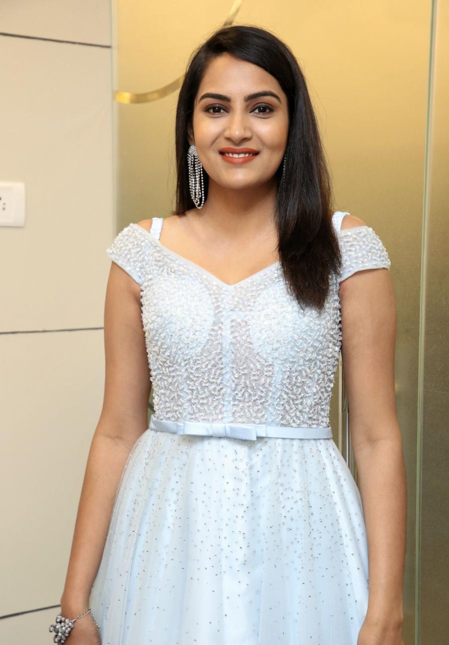 Indian TV Actress Himaja Inaugurates BeYou Salon at Suchitra