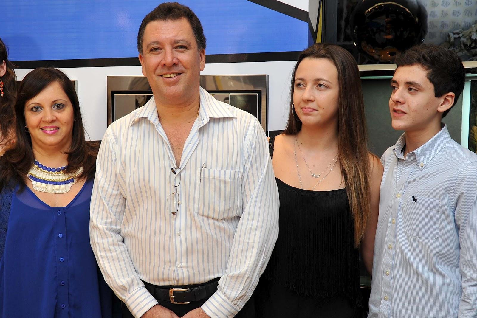 71f1b98c92 Agradeço aos amigos que foram prestigiar a abertura da Cozinha Gourmet da  Arquidecor que homenageia minha pessoa e minha história com o Santos FC.