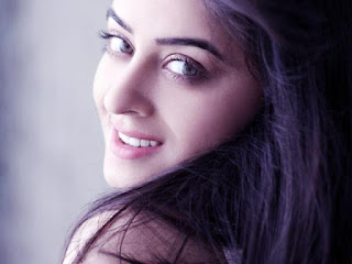 Mahhi Vij Beautiful Smile Pic