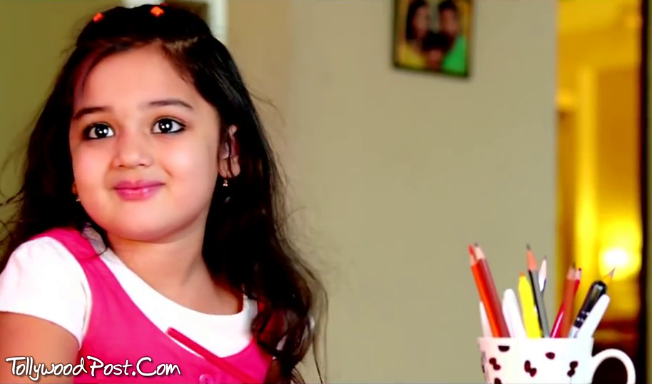 Cute Small Baby Girl Wallpapers Son Of Satyamurthy Baby Vernika Images Wallpapers Live