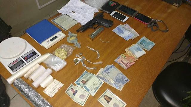 POLÍCIA MILITAR EFETUA PRISÃO DE TRAFICANTES QUE CULTIVAVAM MACONHA EM IGUAPE