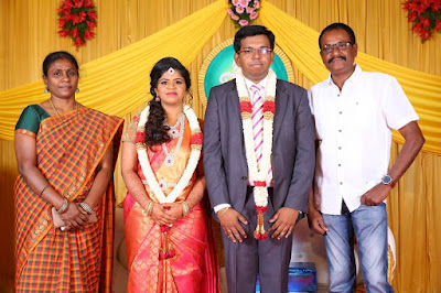 Kumudam-Chitramani-Son-Girirajan-Wedding-Reception-Photos-6