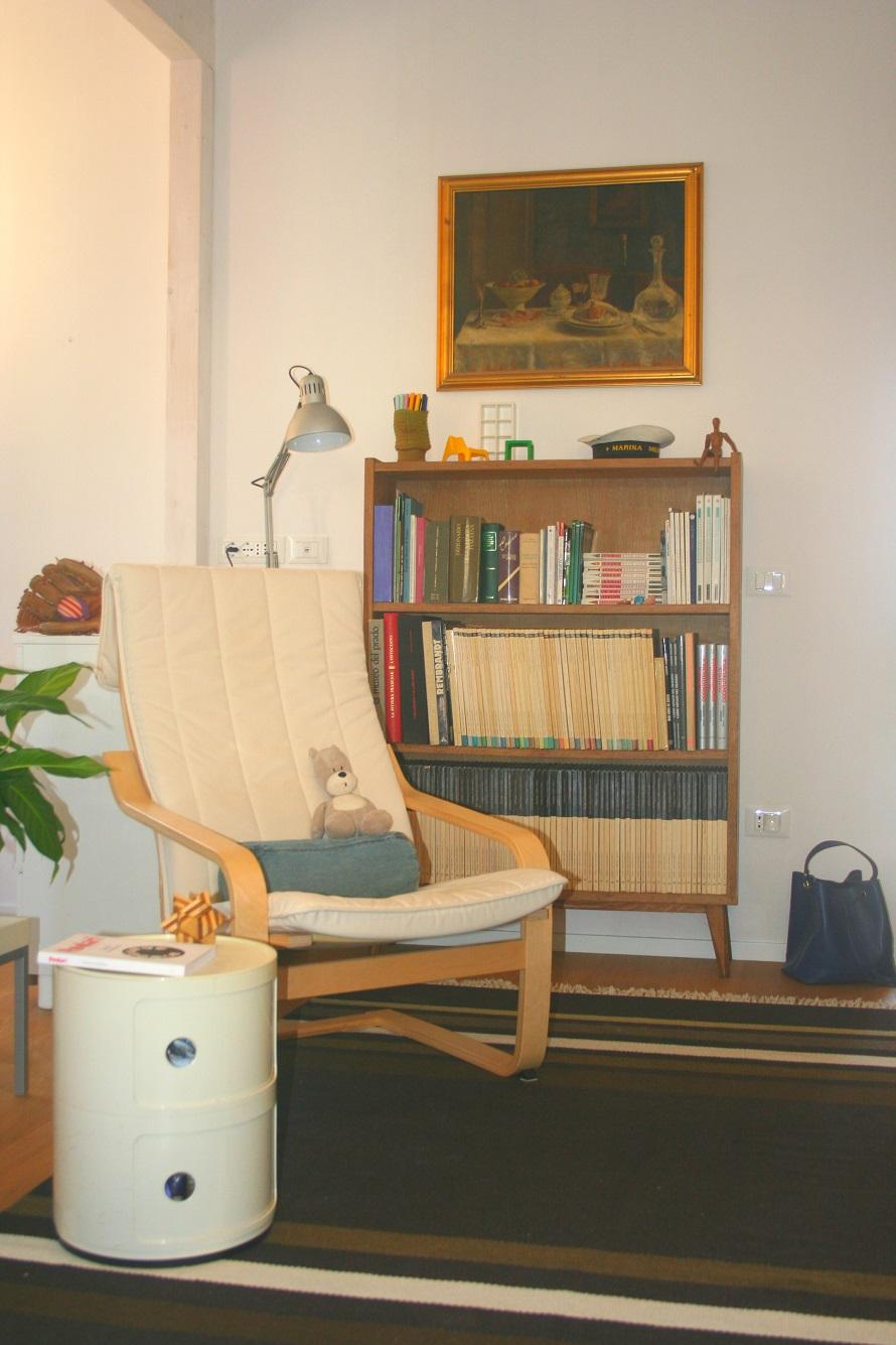 poltrona armchair libreria library interni interior
