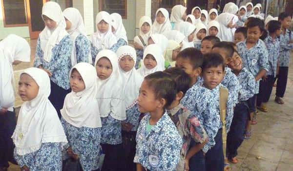 Tujuan dan Manfaat Penyusunan Rencana Kerja Madrasah