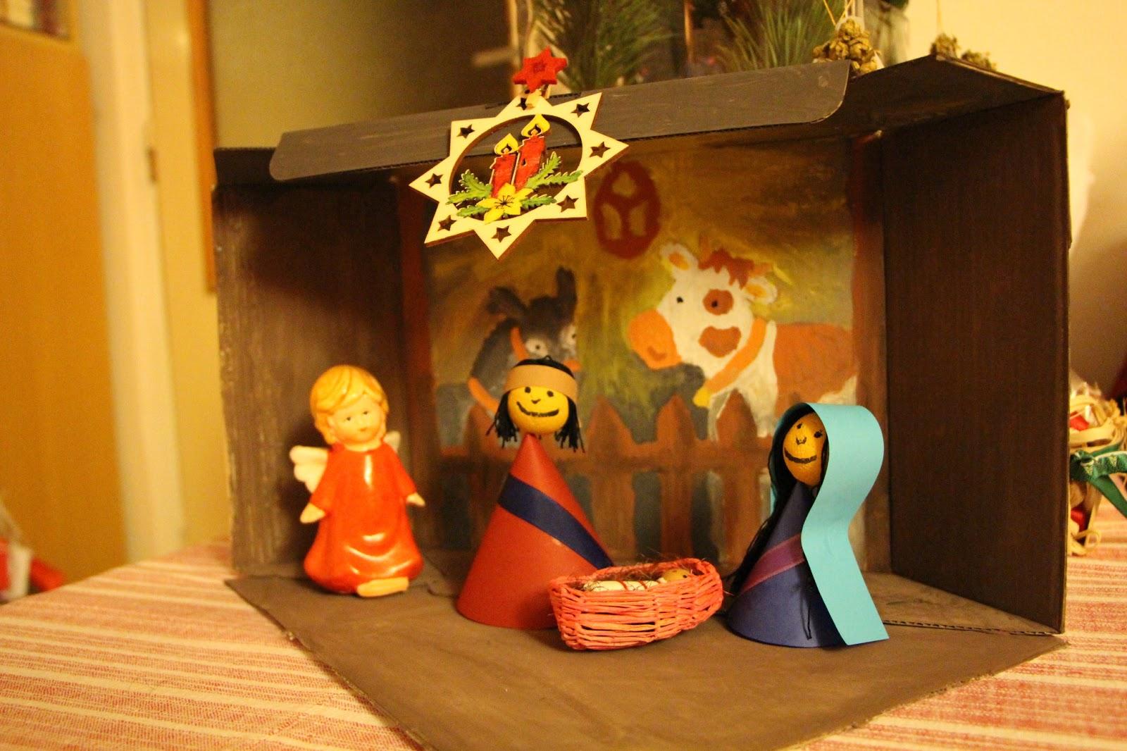 77ff18482 Majkin blog: Ako sme robili betlehem alebo naše prvé Vianoce
