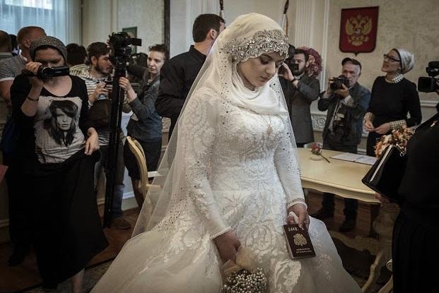 Bagaimana Jika Menikah Karena Dipaksa? Sah atau Tidak? Ini Jawabannya