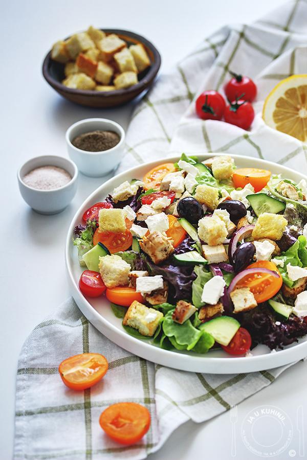 Panzanella salata sa piletinom