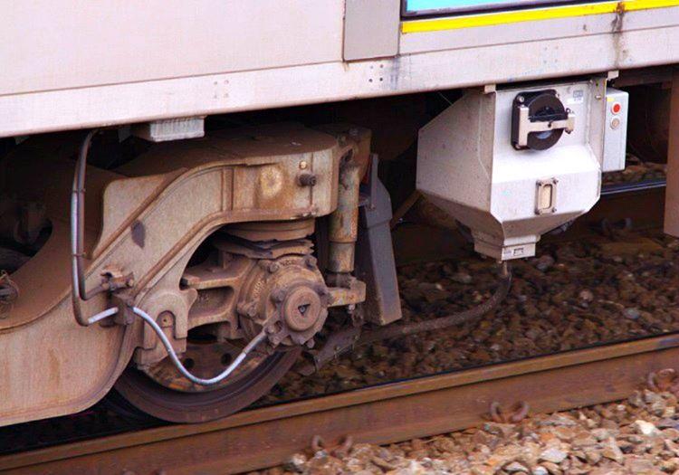 Tren freni ne yaparlarsa yapsınlar devreye girmiyordu, mekanik akması bozulmuştu.