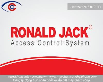 Thương hiệu Ronald Jack là một trong những thương hiệu máy chấm công nổi tiếng với chất lượng tốt và mức giá tầm trung được nhập khẩu từ Malaysia phù hợp với các nhu cầu của khách hàng.