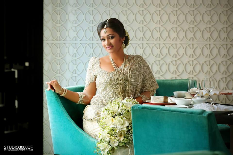 upeksha swarnamali second marriage