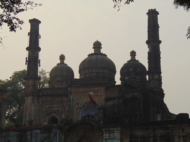 mosque in residency