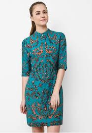 Model baju Kerja Wanita Batik Modis Chic Simple Modern