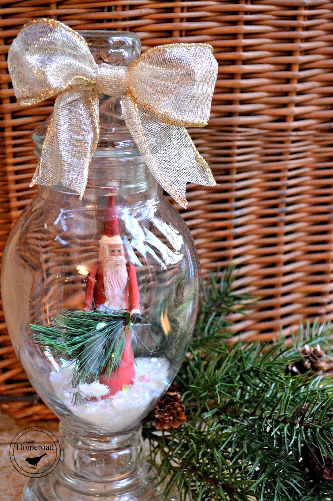 Decorative Santa Snow Globe DIY www.homeroad.net