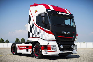 Iveco Stralis 570XP Abarth (2017) Front Side