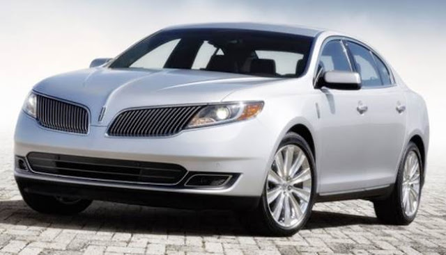 2018 Lincoln Town Car Reviews